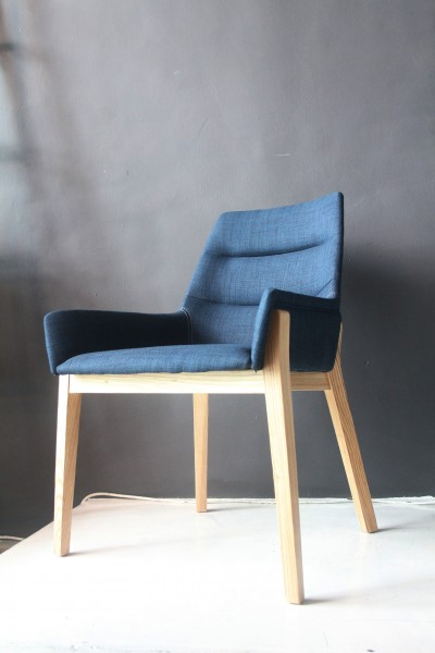 DINING CHAIR - FRM01711