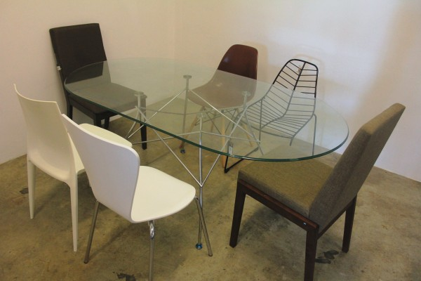 THE KARTELL GLOSSY DINING TABLE - FRM50063