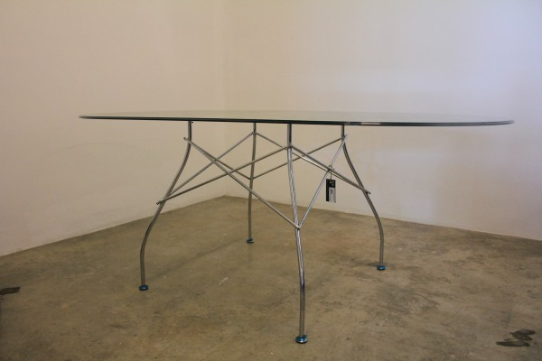 THE KARTELL GLOSSY DINING TABLE - FRM50066