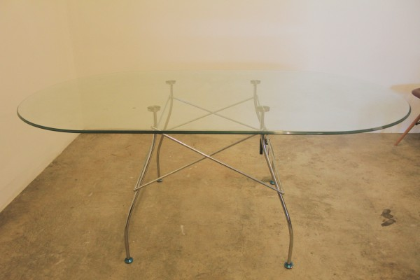 THE KARTELL GLOSSY DINING TABLE - FRM50062