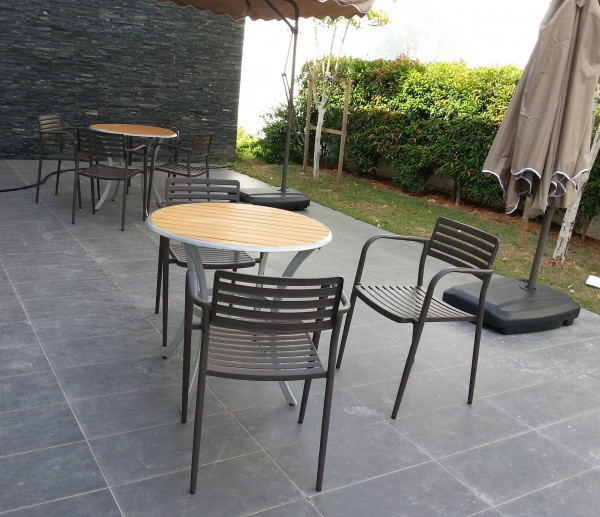 FRM5068 OUTDOOR TABLE4