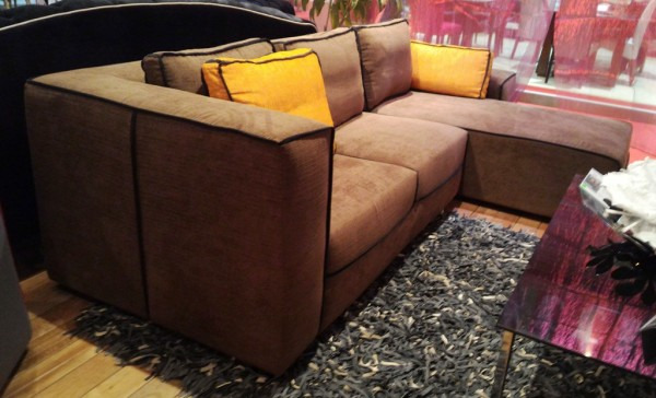 2.5 SEATER SOFA WITH CHAISE - FRM62073