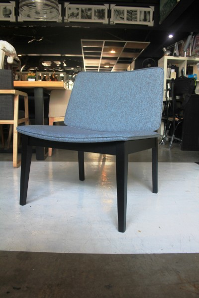 LOUNGE CHAIR - FRM70834