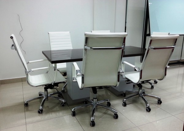 FRM9007 OFFICE CHAIR(PU)3