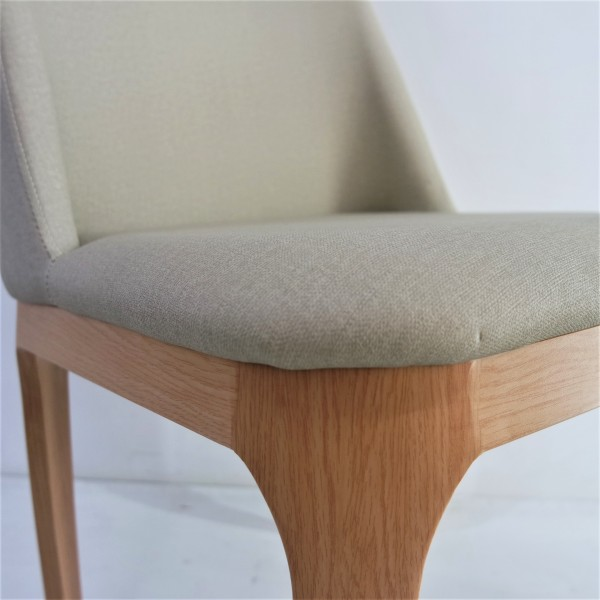 DINING ARM CHAIR - FRM02326