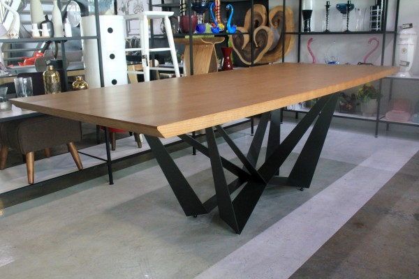 2.4M DINING TABLE - FRM51212