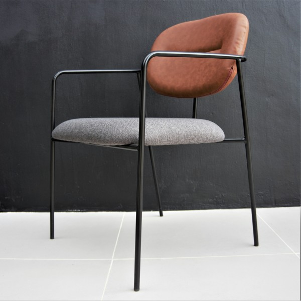 LOUNGE CHAIR - FRM72041