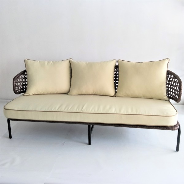 3 SEATER OUTDOOR SOFA - FRM80272