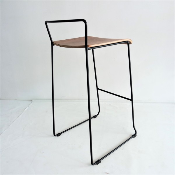 METAL BAR STOOL - FRM10892