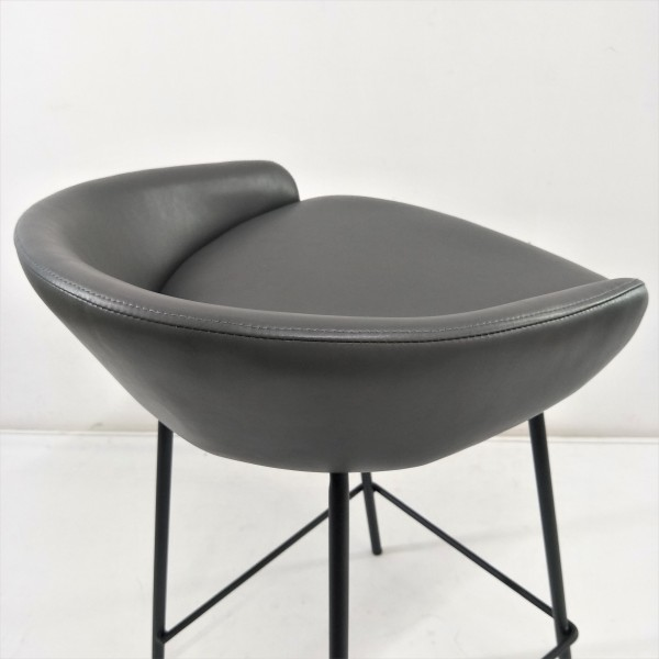 LOW BAR STOOL - FRM1105-PG5