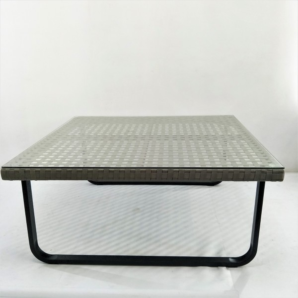 OUTDOOR COFFEE TABLE - FRM21162
