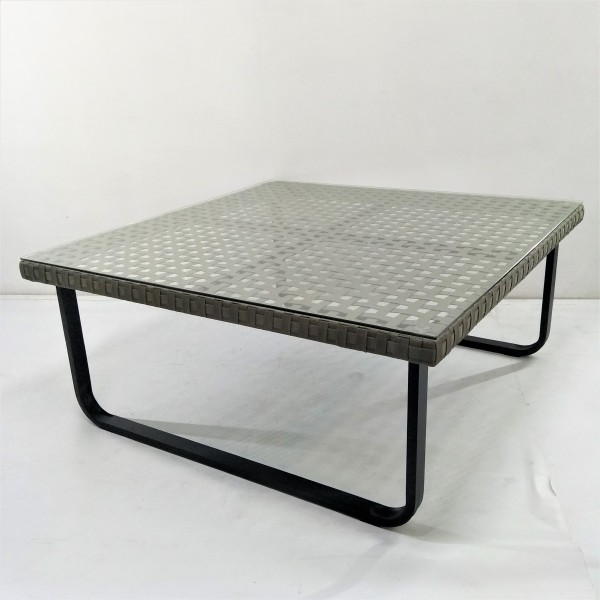 OUTDOOR COFFEE TABLE - FRM21163