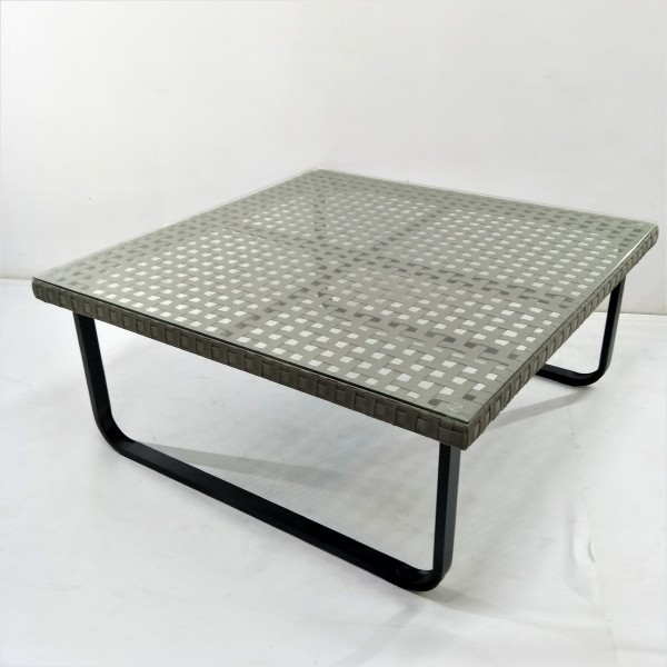 OUTDOOR COFFEE TABLE - FRM21166