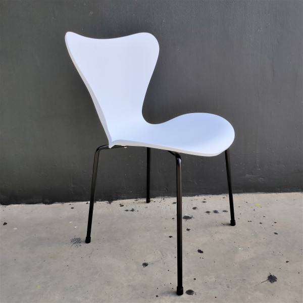 PP CHAIR - FRM02572