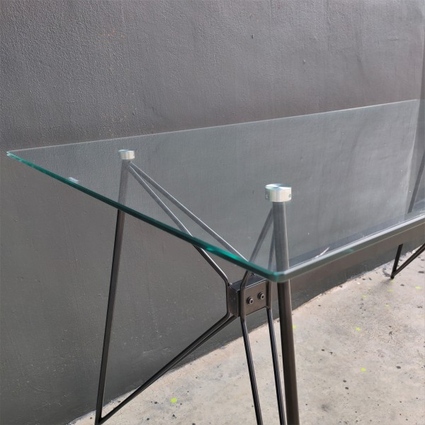 FRM5184 GLASS DINING TABLE2