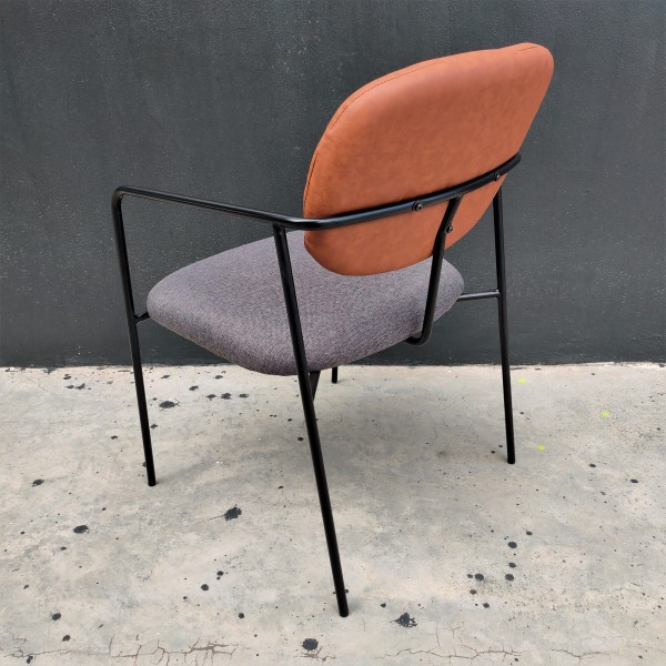 FRM7204 - LOUNGE CHAIR2