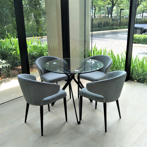 ROUND GLASS TABLE - FRM5113A5