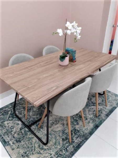 WALNUT DINING TABLE - FRM51804