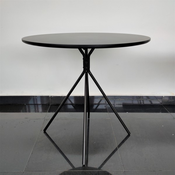 ROUND DINING TABLE - FRM51781