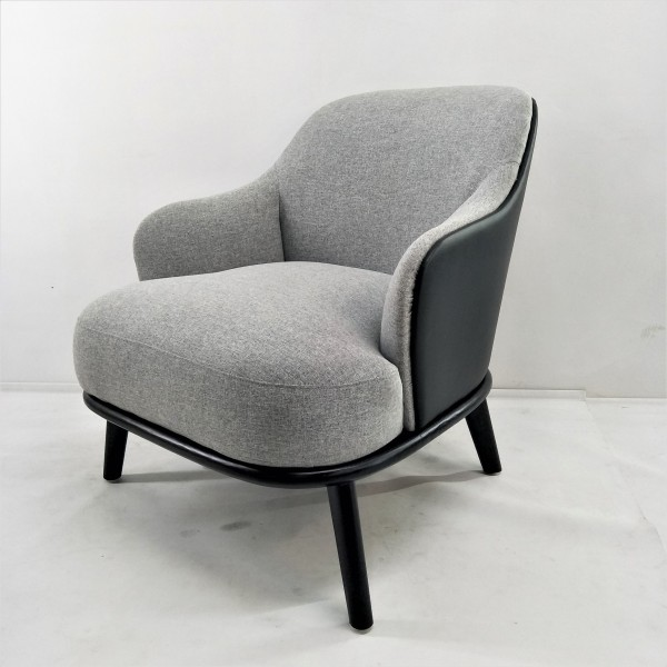 LOUNGE CHAIR - FRM71781