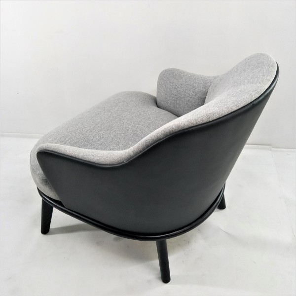 LOUNGE CHAIR - FRM71783