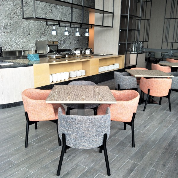 SQUARE DINING TABLE-FRM5145B2