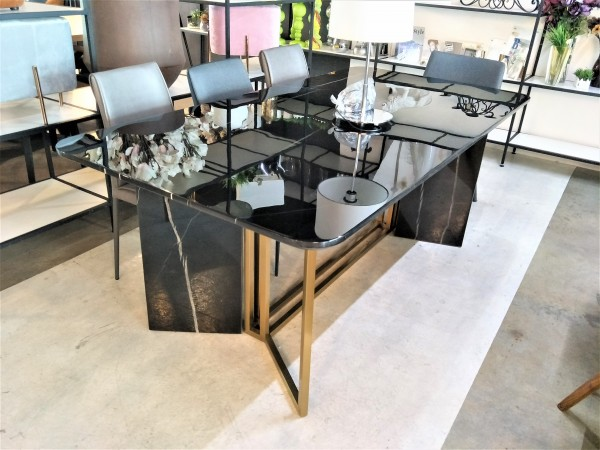FRM5167 -2M  DINING TABLE3