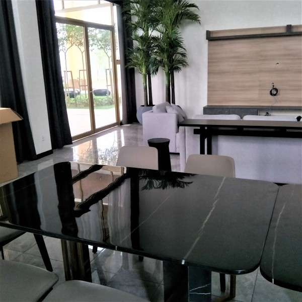 FRM5167 -2M  DINING TABLE4