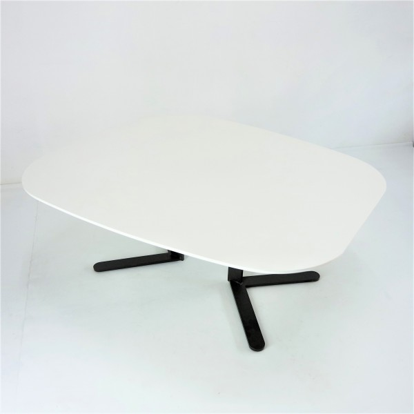 MIDDLE COFEE TABLE - FRM20742