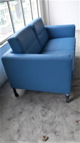 FRM6272B  - TWO SEATER SOFA2