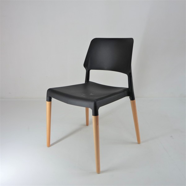 PP CHAIR - FRM01982