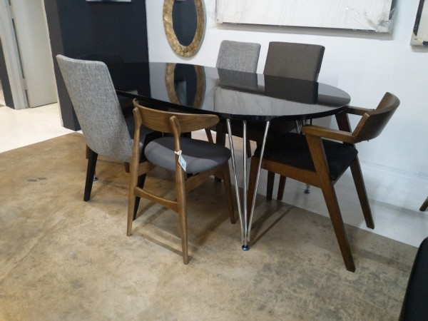 FRM5019 DINING TABLE4