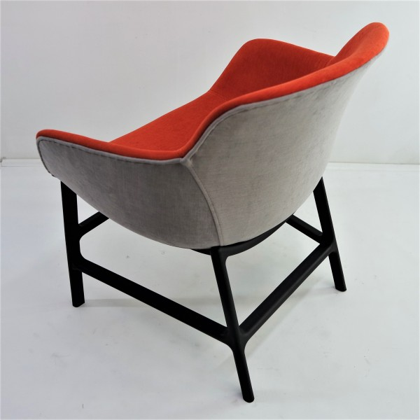 LOUNGE CHAIR   FRM71845