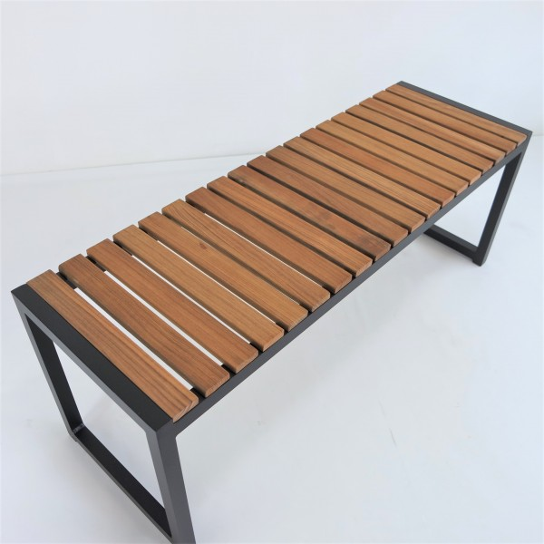 OUTDOOR BENCH - FRM80362