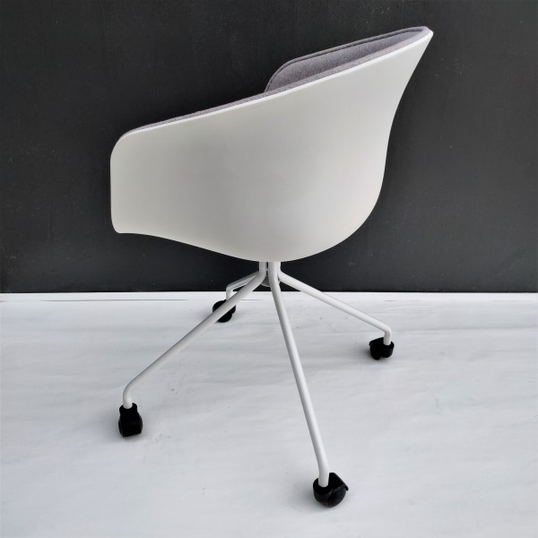 ABOUT A CHAIR - FRM9029-FG3