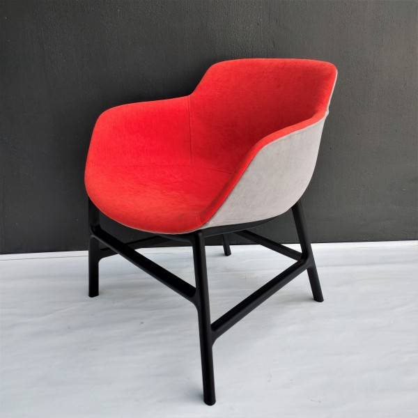 LOUNGE CHAIR   FRM71841
