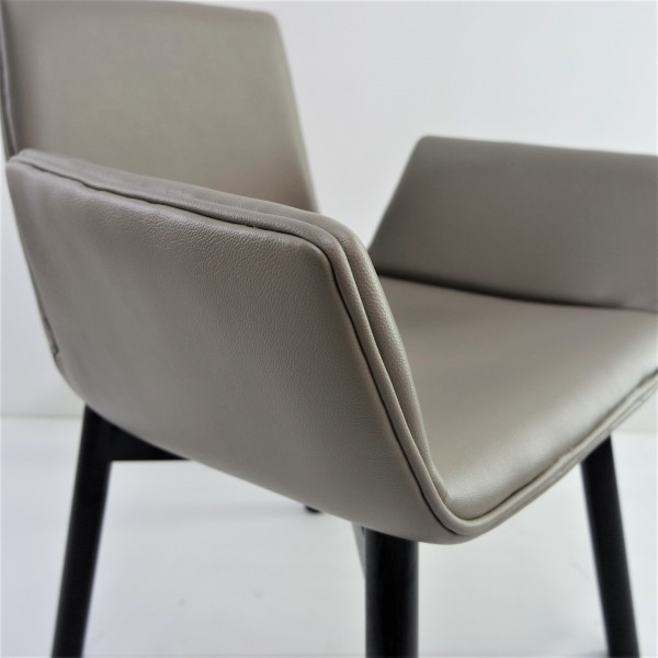 DINING CHAIR  FRM02236