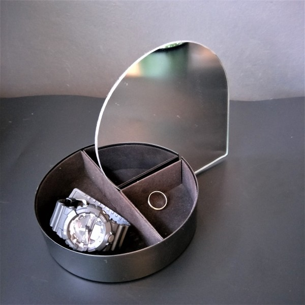 MIRROR STORAGE BOX - DCT91145