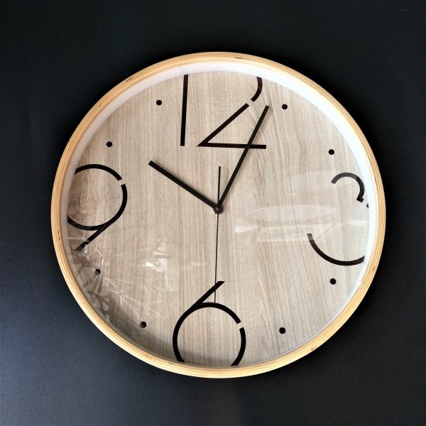 ROUND WOOD WALL CLOCK - DCC10965