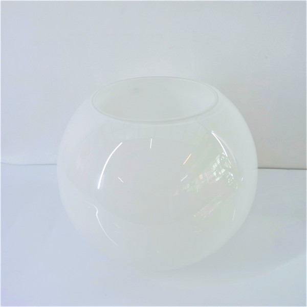 WHITE ROUND GLASS  VASE - DCT10562