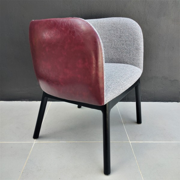 DINING CHAIR  FRM02301