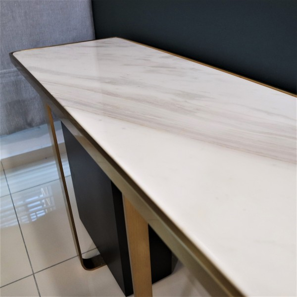 WHITE MARBLE CONSOLE TABLE - FRM51585