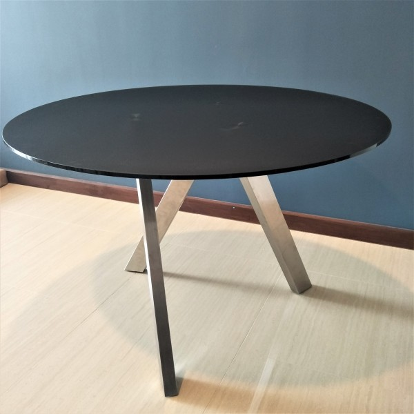 ROUND GLASS DINING TABLE - FRM51231