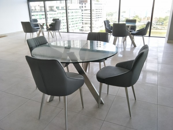 ROUND GLASS DINING TABLE - FRM51235