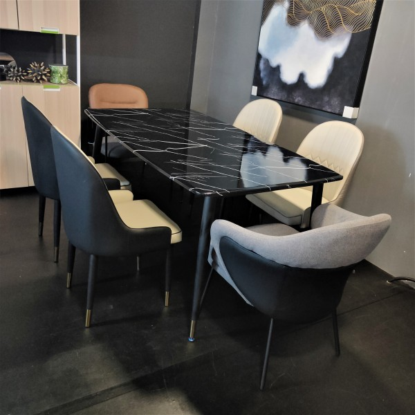 DINING TABLE - FRM51884