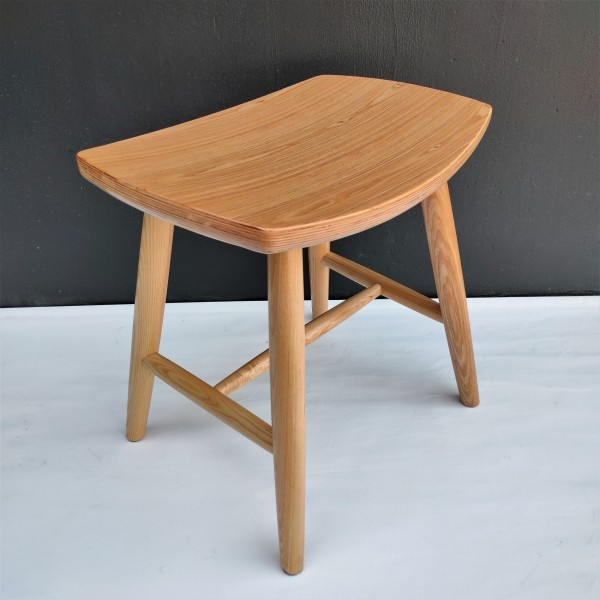 SOLID ASH WOOD STOOL - FRM1099-NA2