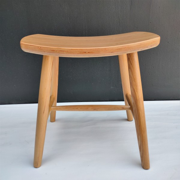 SOLID ASH WOOD STOOL - FRM1099-NA3