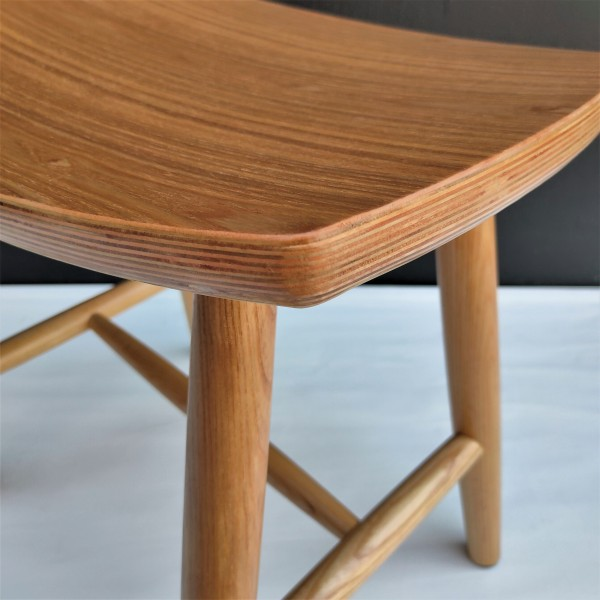 SOLID ASH WOOD STOOL - FRM1099-NA4