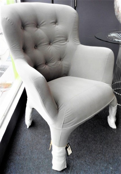 DESIGNER CHAIR - FRM70682