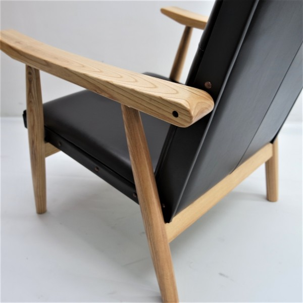 LOUNGE CHAIR - FRM71514